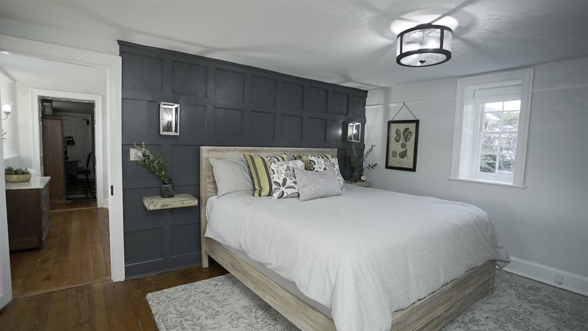 Jeff reworks the layout of a cramped master suite in a 1785 stone home.