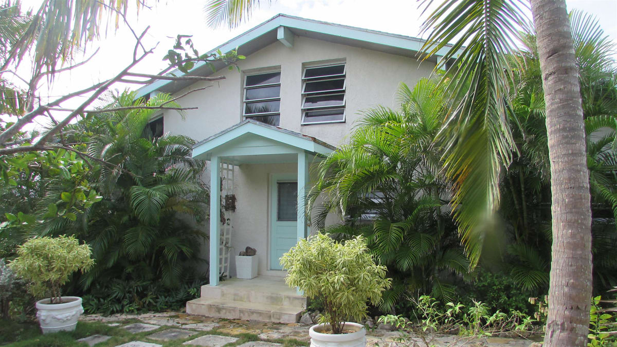A couple looks to relocate their flipping business to Eleuthera, Bahamas.